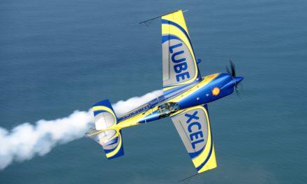 Le Vendée Air Show , samedi 17 juin aux Sables d'Olonne avec la Patrouille de France.